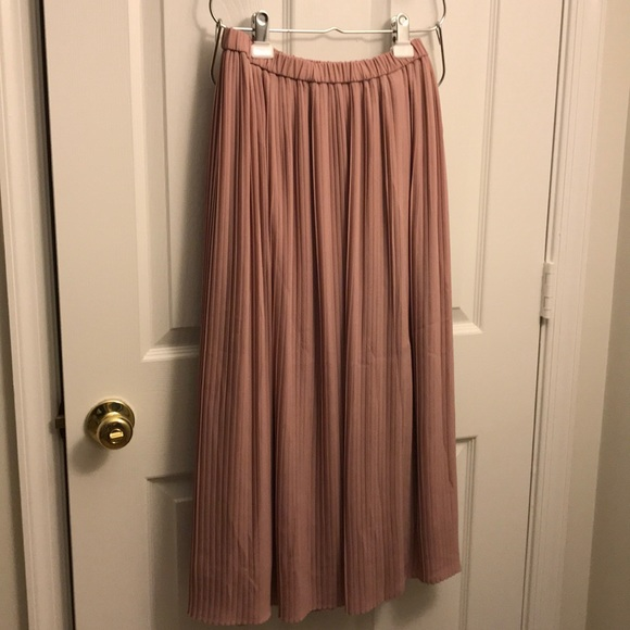 e9b8ca649a Uniqlo Skirts | High Waist Chiffon Pleated Skirt Pink S | Poshmark
